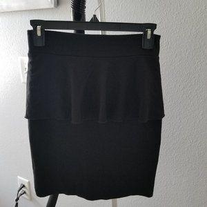 Black xs Kensie Skirt with peplum